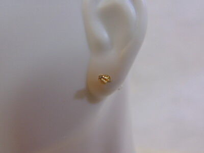 Pair of Vintage Estate 14K Yellow Gold Stick Earrings W/ Small CZ .26g E1999