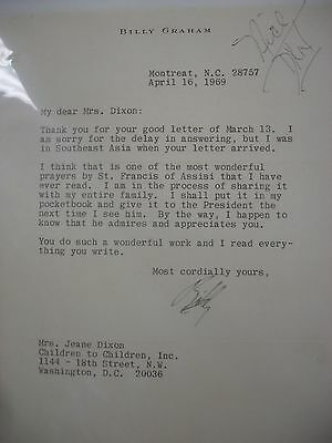 Typed letter signed byBilly Graham 1969 - Bible-  Hard to find originals !