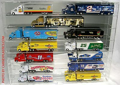 Diecast Truck 1:64 Display Case 14 Semi / Haulers