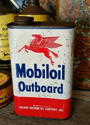 Vintage Mobiloil oil can - tin- Outboard with Pegasus with contents