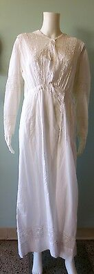Early 1900s Vintage Lawn Dress with Embroidery Lace
