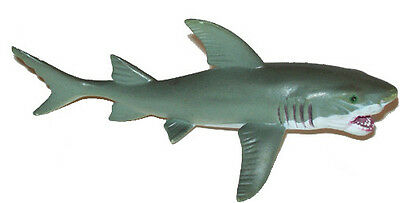 AAA 12816 Young Great White Shark Sealife Toy Model Figurine Replica - NIP