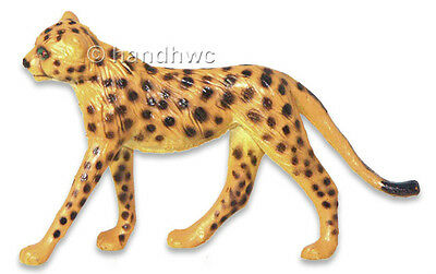 NIP AAA 96562SIT Cheetah Sitting Wild Animal Toy Model Figurine Replica