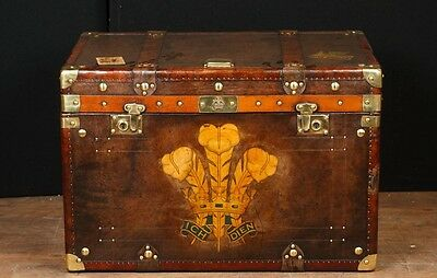 Single Victorian Steamer Trunk Leather Box Case Coffee Table Side Tables