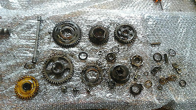 Yamaha XT 600 Tenere 1VJ, oil pump cogs and components