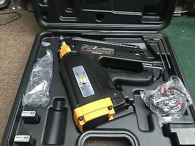 Quikload Ql90 Gas Strip Nailer Paslode Type Nailer Sent Parcelforce 24 Delivery
