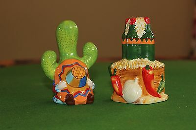 Salt and Pepper shaker, TEX MEX Ambiance Collection