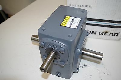 Boston Gear Speed Reducer   724-15-H  Ratio: 15:1   1159 In.lbs  New