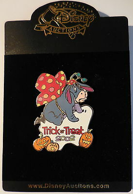 Disney Pin Disney Auctions Trick or Treat 2002 Eeyore As A Butterfly LE100