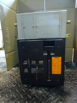 Asea Alh-1600 Air Circuit Breaker, 3 Poles, 660 Volts, 1600A, Sn: M01-189, Used
