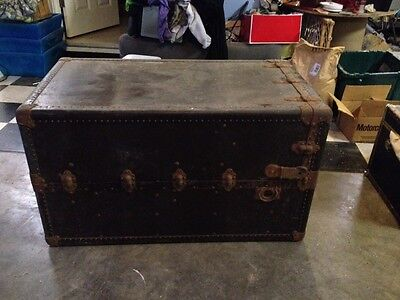 Antique Oshkosh Steamer Trunk Circa 1900-1920