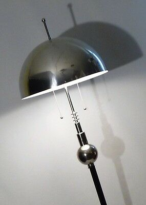 ART DECO SKYSCRAPER CHROME  VINTAGE 1920s BLACK FLUTED FLOOR LAMP