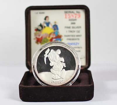 Limited Edition Walt Disney Co Rarities Mint Snow White Sneezy 1 OZ Silver Coin