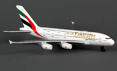 Emirates Airlines Airbus A380 Spielzeugflugzeug Diecast 15cm lang RT9904 Plane
