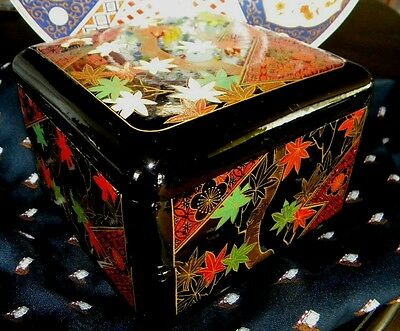 Japanese 2 Stackable Lacquerware Boxes Food Candy Baked Sweets Service Parties