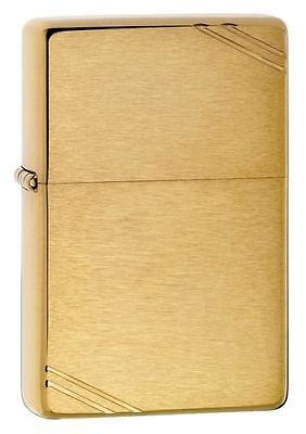 Zippo 240 Vintage w/Slashes Brushed Brass 041689112400
