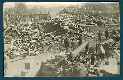 FRANCE - CARTE PHOTO - MOISSAC 82 - BRIQUETTERIE après innondation 1930