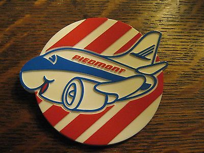 Piedmont Airlines Pin - Vintage 1980's Kids Air Lines Airplane Logo Children Pin