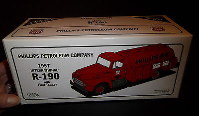 New in Box! PHILLIPS 66 1957 INTERNATIONAL R-190 with FUEL TANKER