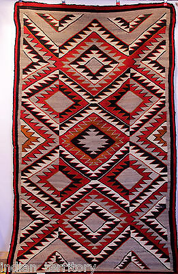 Colorful Antique Navajo Indian Red Mesa Outline Motif Eyedazzler Rug c.1920s