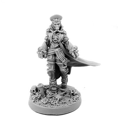 28mm-scale IMPERIAL SOLDIER FEMALE COMMISSAR WITH FISTS OF POWER