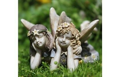 Miniature Dollhouse FAIRY GARDEN - Iris And Lyla - Accessories