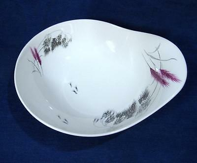 A Royal Staffordshire Clarice Cliff 0974 Red Wheat Organic 1950's Pottery Bowl