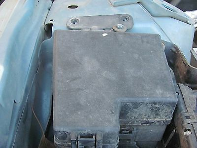 lincoln ls 2000 2001 2002 front fuse box