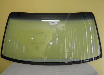 TOYOTA HILUX RNZ140 -  10/97 to 3/05  -2/4DR  FRONT WINDSCREEN GLASS - NEW