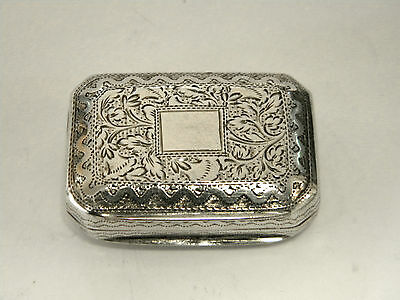 Antique Georgian Geo. Iii Silver Vinaigrette  Birmingham 1813.