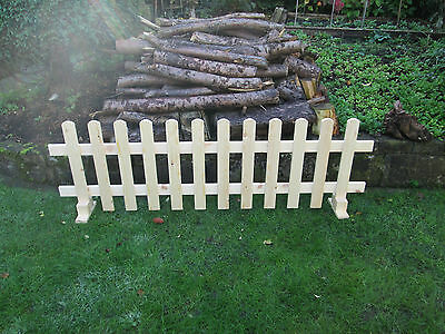 Wooden Free Standing Picket Fence Panels 6ftx2ft Planed Smooth Timber