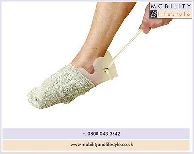 Flexible stocking / sock dressing aid