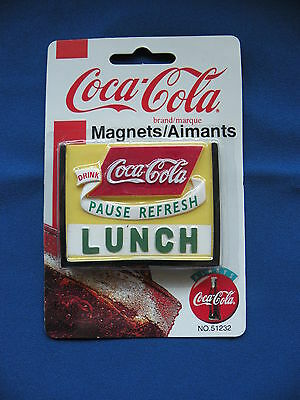 Coca-Cola Magnet 1998 square pause refresh lunch No. 51232 in orginal package