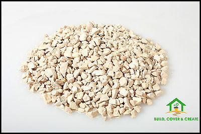 Cotswold Buff Chippings Gravel 10mm 900kg Bag Collection Only