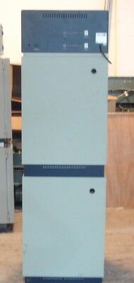 Forma Scientific Water Jacketed Incubator Model 3326 With Shelves