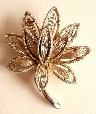 Vintage 1970's Floral Gold Tone Costume Brooch Signed Avon Gift Bag UK