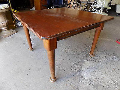 small,antique,edwardian,dining table,pad feet,castors,extending,seat 8,table