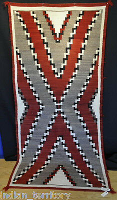 Navajo Indian Rug: Large Ganado c.1920