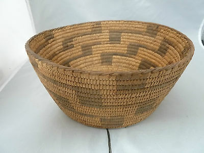"Native American PIMA  Basket Bowl VERY NICE DESIGN. APPROX 4"" T x 9"" W"