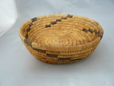 "Native American PAPAGO Basket Bowl VERY NICE DESIGN. APPROX 2.25"" T x 7.75"" W"
