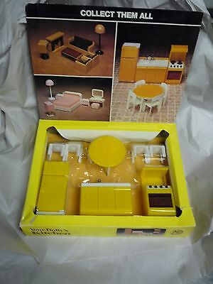 "1980 "" Your Dolly Kitchen "" by IMCO TOY INC"