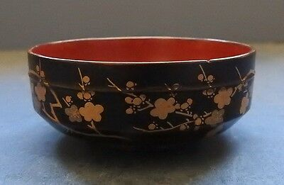 Small Japanese Lacquer Bowl - Prunus Blossoms - Late 19Th Century