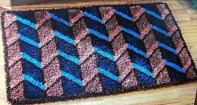 "Craftways Latch Hook  Rug Making Kit   ""chevron"""
