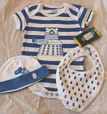 BBC Dr Who 3 Piece Baby Set Dalek Bodysuit Hat & Tardis Bib Blue & White