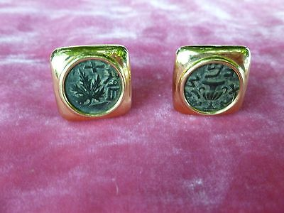 Pair Of Vintage Stamped 14 K Gold Intaglio Cufflinks .63 Troy Ounces