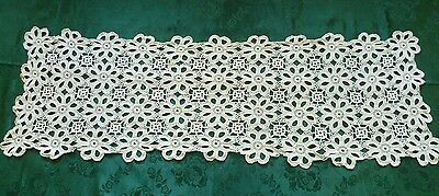 STUNNING VINTAGE HAND CROCHETED OFF WHITE  TABLE RUNNER 85 cms x 26 cms