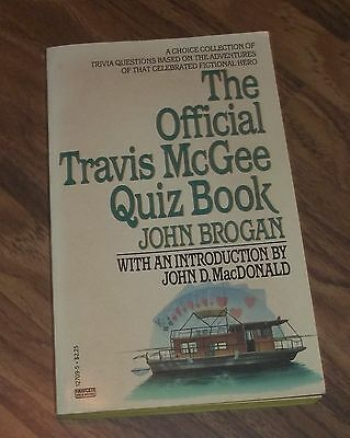 THE OFFICIAL TRAVIS MCGEE QUIZ BOOK BY JOHN BROGAN PAPERBACK 1st EDITION 1984
