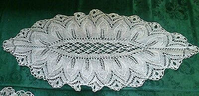 QUALITY  VINTAGE HAND FINE  KNITTED WHITE  DOILEY  63 CM X 27 CM across