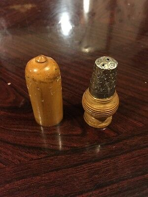 Beautiful 1903 Silver Thimble In Turned Treen Screw Container - Beautiful
