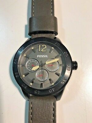 New & Authentic Men's FOSSIL WATCH BQ1696 Without box